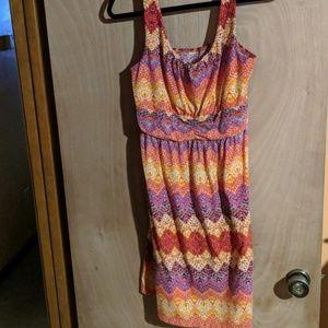 Dresses & Skirts - Multicolored zig zag print dress